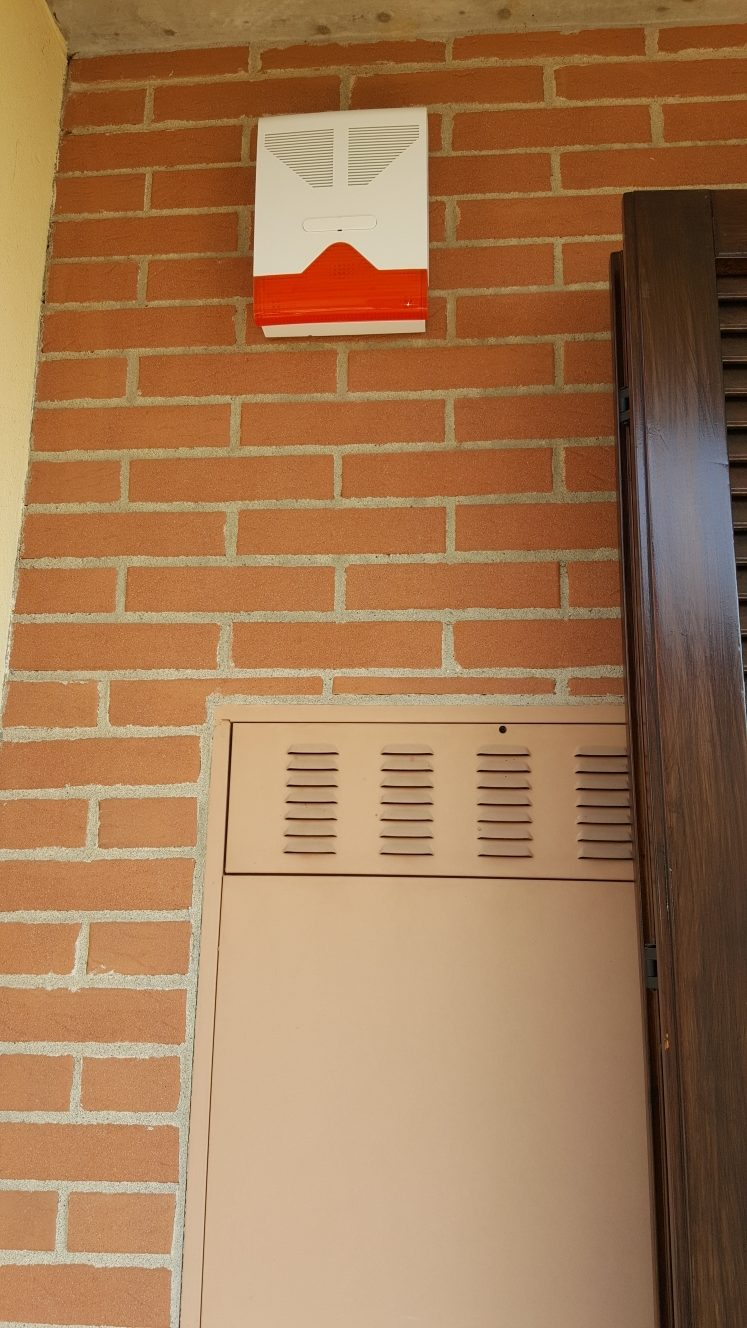 Allarme casa impianto di sicurezza a3 falcoalarm - Impianto di allarme casa ...